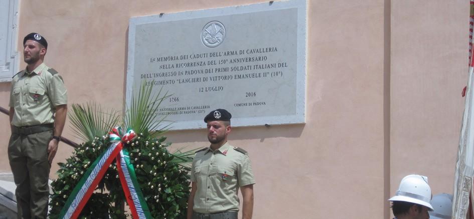 Inaugurazione lapide all'Arma di Cavalleria (Foto Alfonso Sarnataro - Interartes)